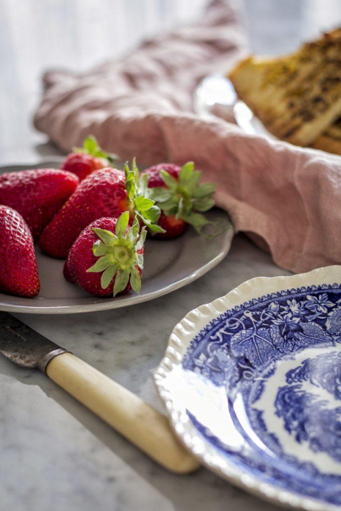fragole, ricetta, cucina, confettura,stoviglie