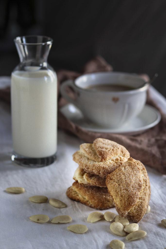 biscotti mandorle e ricotta